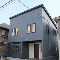 片流れ屋根のシンプルなお家